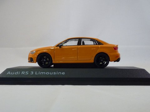 Audi RS3 Saloon 2017 iScale 5011613132