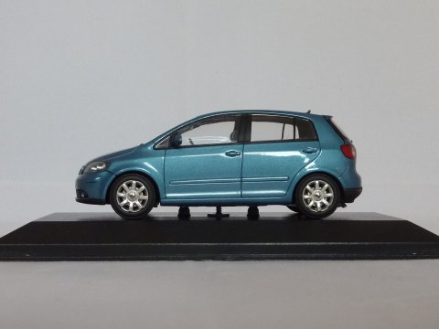 VW Golf Plus, 2005-2009, blauw, Minichamps, 821911102 website